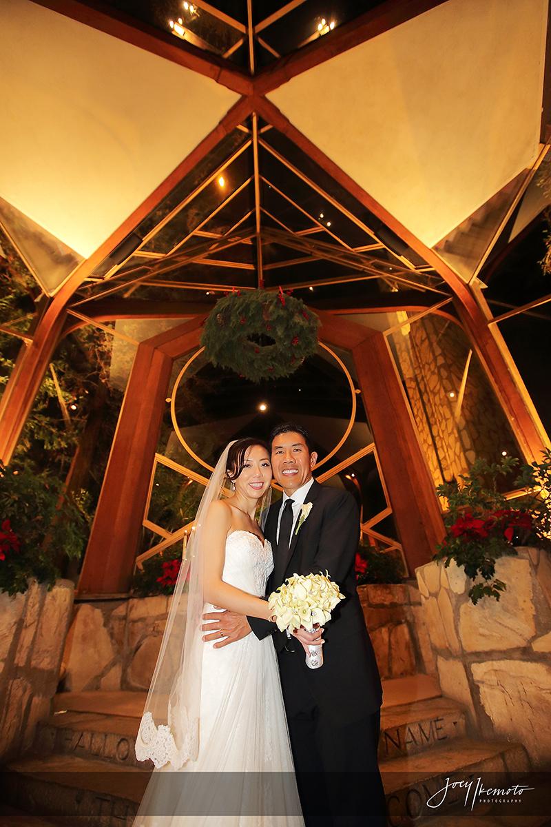 Wayfarers-Chapel-and-Roys-Restaurant-Newport-Beach-Wedding_0030_2042