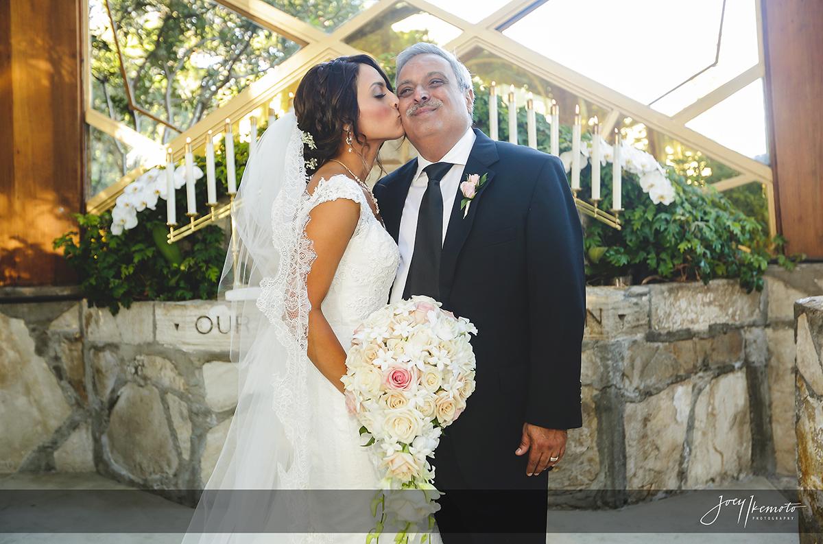 Wayfarers-Chapel-and-Palos-Verdes-House-Wedding_0022_2224