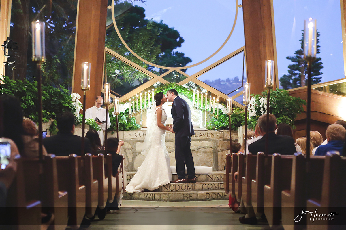 Wayfarers-Chapel-and-Portofino-Redondo-Beach-Wedding_0041_3453